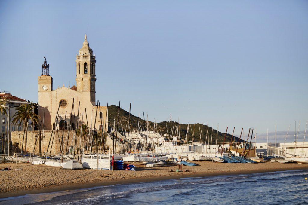 Tota la informació de les platges de Sitges